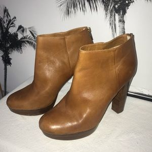 Michael Kors size 10 brown leather heeled booties